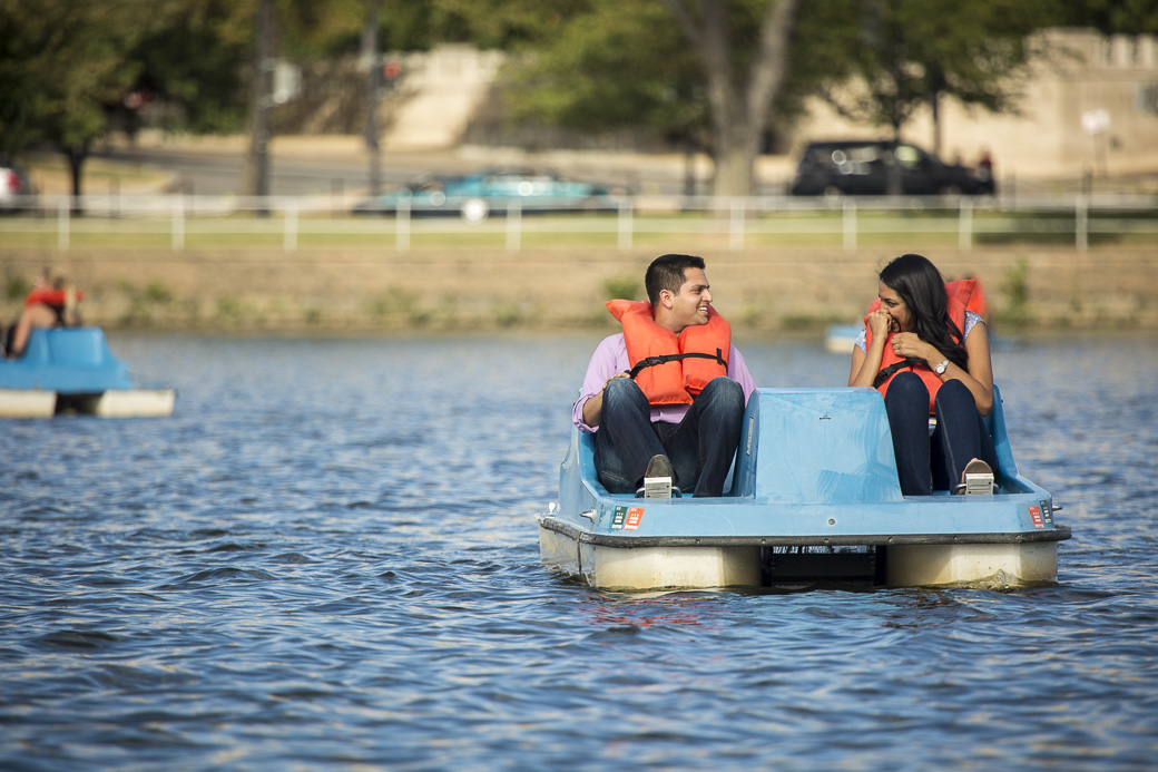 Manik Aggarwal proposes to his girlfriend Nimisha on a paddleboat in the Tidal Basin, Washington, DC, Sunday September 20, 2015.