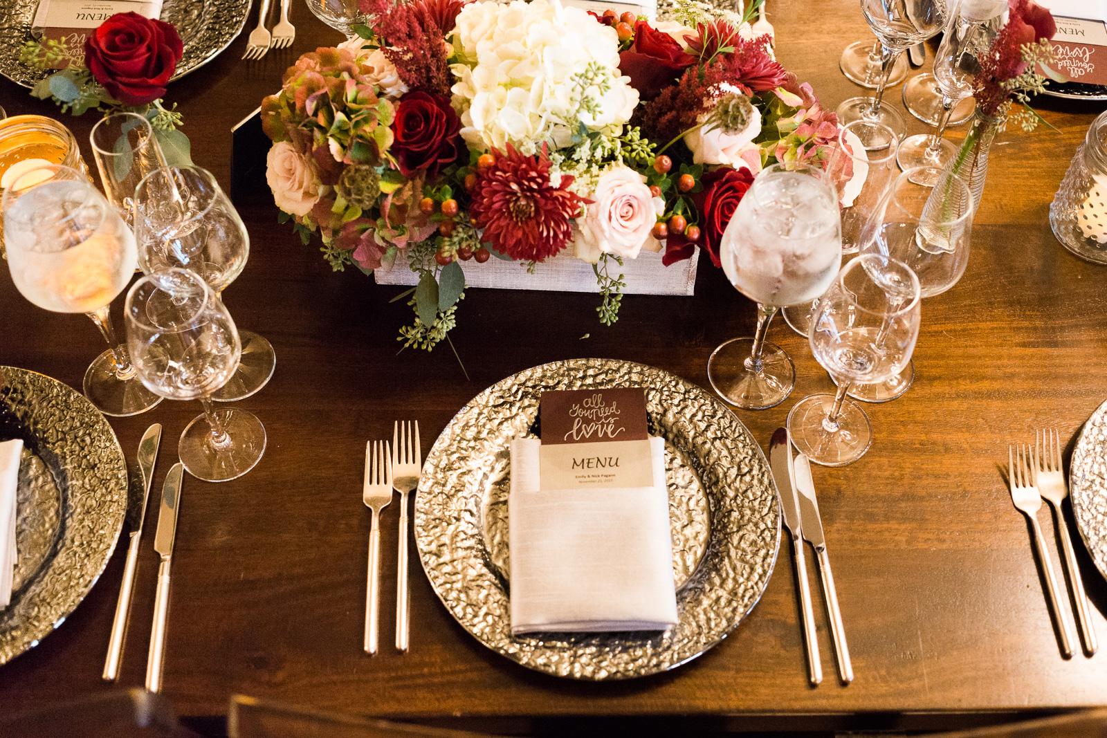 romantic silver and red tablesettings