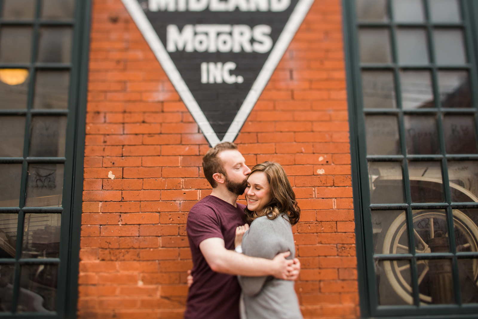 vintage inspired, historic, downtown, lynchburg, engagement photos